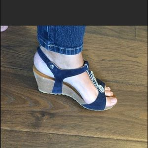 NWOT condition Spring Step sandals
